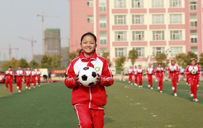 阜阳颍东:校园里的趣味运动会