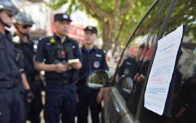 绍兴柯桥巡特警参与交通管理 乱停车、逆向行驶等将被巡特警查处