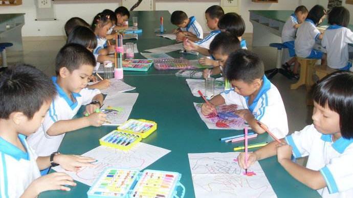 沈阳市教育局推进学校美术校本课程