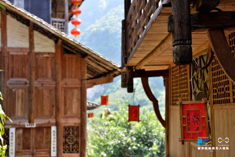 """听,建筑在诉说 """"乌江画廊""""上千年龚滩古镇的繁华"""