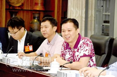 钦州:政协委员建言献策