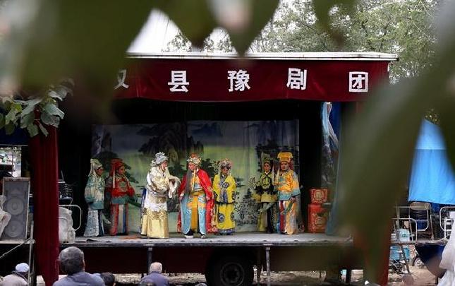 【网络媒体走转改】河南民权:送戏下乡 文化扶贫