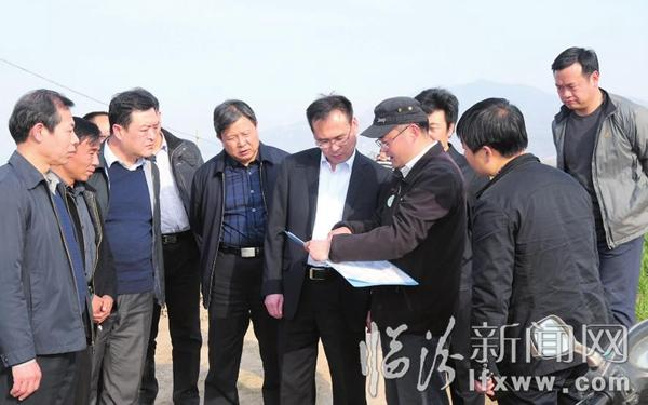 """在""""主战场""""上谱写新篇章――访襄汾县委书记刘浩"""