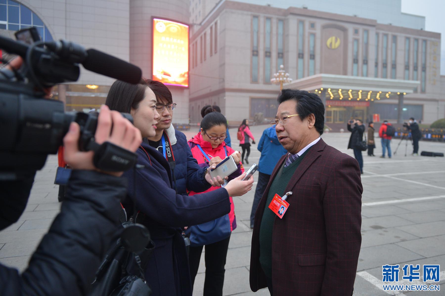 图片直击:河北省政协十一届五次会议今日开幕