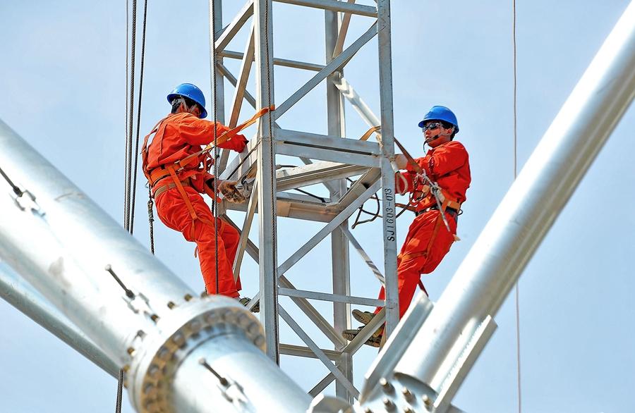 国网建设智能电网 助力陕西追赶超越