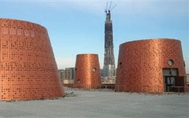 """滨海文化中心工程主体完成 """"大铜锅""""露新颜"""