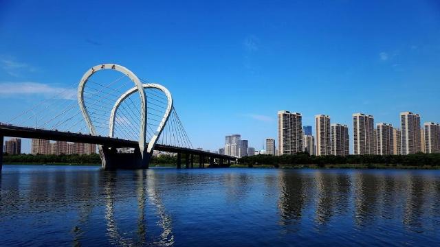 沈阳市民对浑河边办龙舟、自行车赛呼声最高