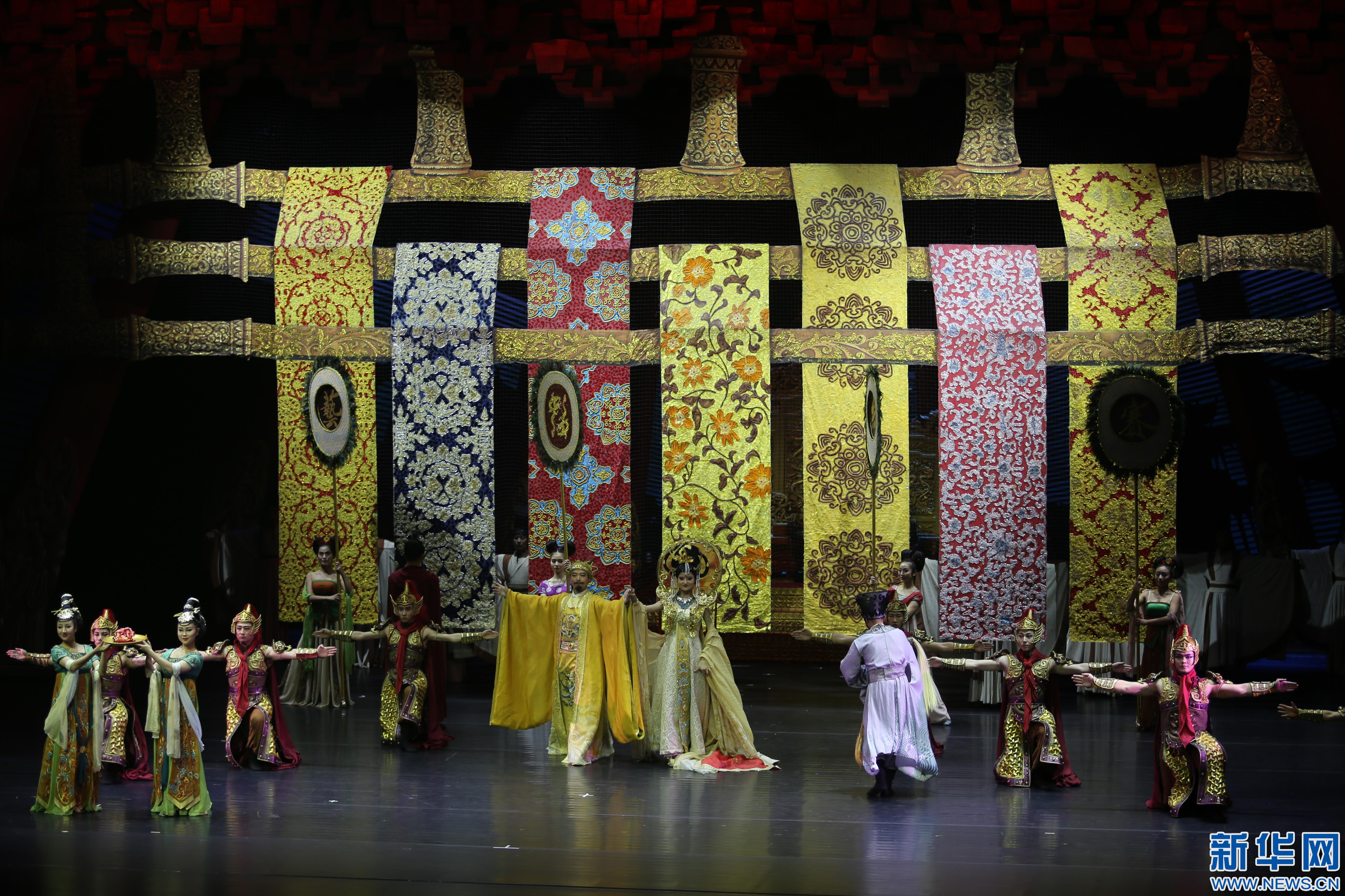 舞剧《丝绸公主》澳门赌场网上棋牌上演 讲述古丝绸之路上的爱情故事