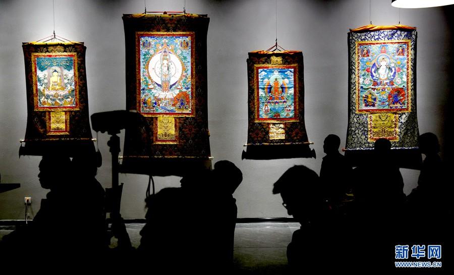 青海百件非物质文化遗产集中亮相 非物质文化盛开传承之花