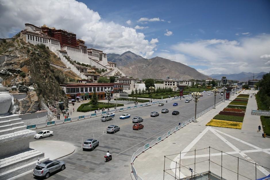 吴英杰在西藏区党委理论学习中心组第二次专题学习研讨会上的讲话