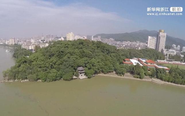 听,建筑在诉说!鸟瞰杭州富阳富春江边的建筑——龟川阁