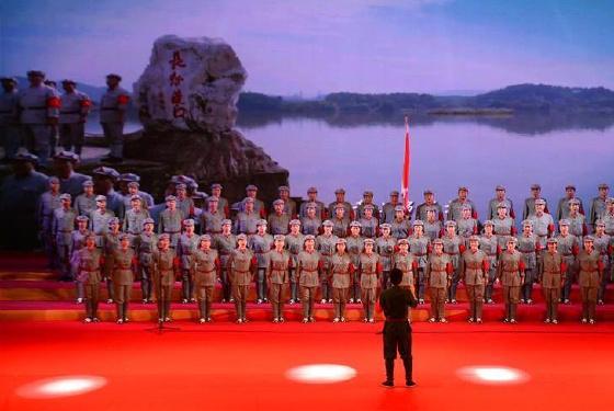 广西桂林举行纪念红军长征胜利80周年晚会