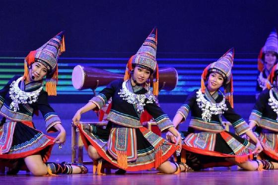 广西:曲艺与非遗文化联姻展演魅力独特
