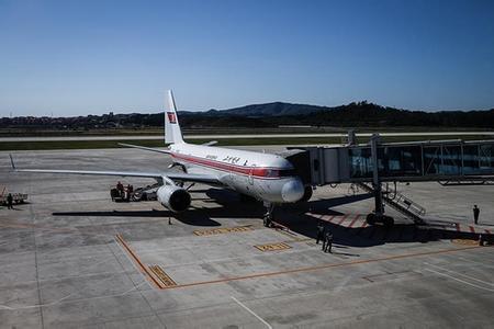 飞机备降太原机场