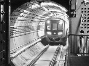 石家庄地铁3号线首开段模拟试运行 为期10天