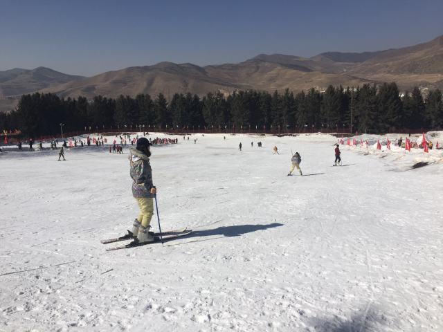 冰雪运动成为高原民众过年新方式