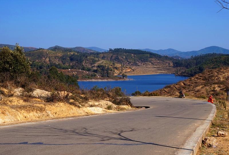青山湖环湖之旅:山水成诗 心花路放