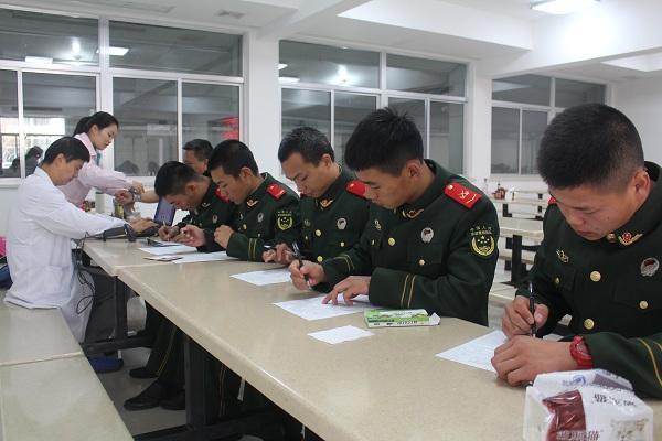 边防官兵无偿献血缓解新春期间用血紧张