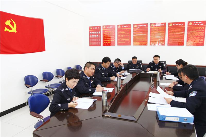 """云南省五华监狱深入开展""""两学一做""""学习教育活动"""