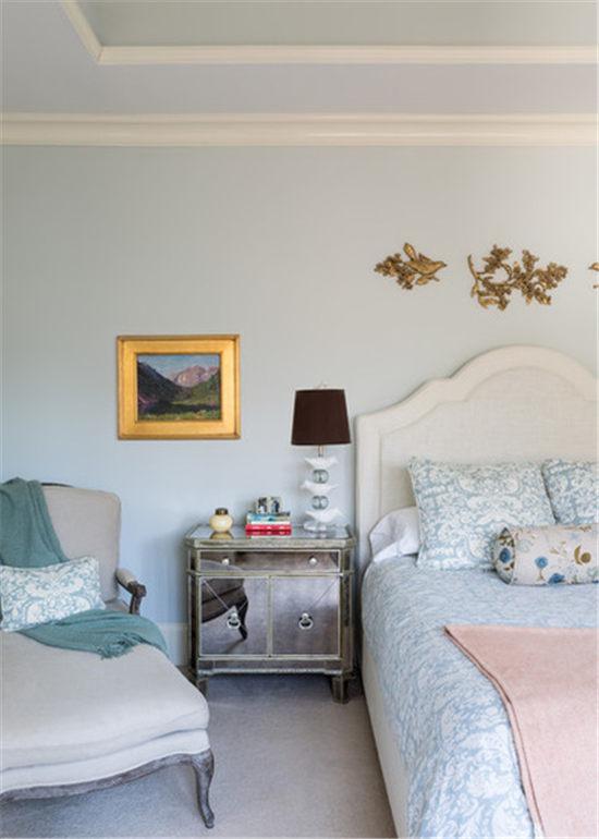 > 新聞中心> 房產>  正文    猶如編織柳條的地毯和沙發設計給人貼近