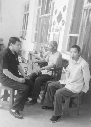 辛苦并幸福着 残疾人郭胜强照顾父兄多年