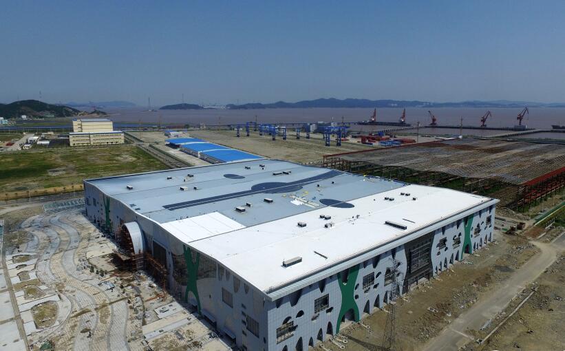舟山:新濠天地棋牌自贸区国际进口商品城雏形初现
