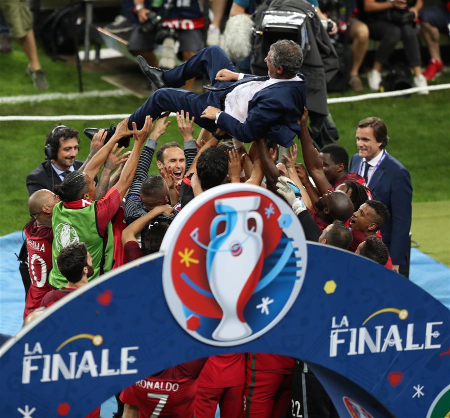 欧锦赛:葡萄牙队首次夺冠-新华网广西