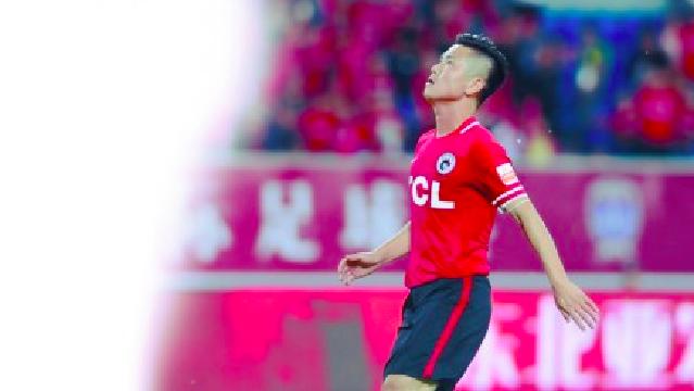 辽足2比3负喷气机 肇俊哲赛季首次披挂上阵