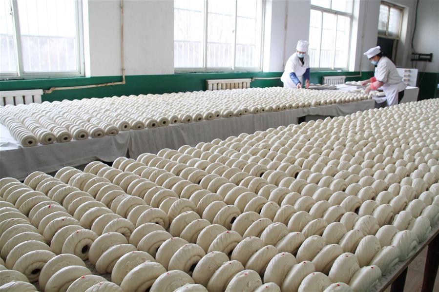 山西阳城:泡麦面馍飘香迎春节