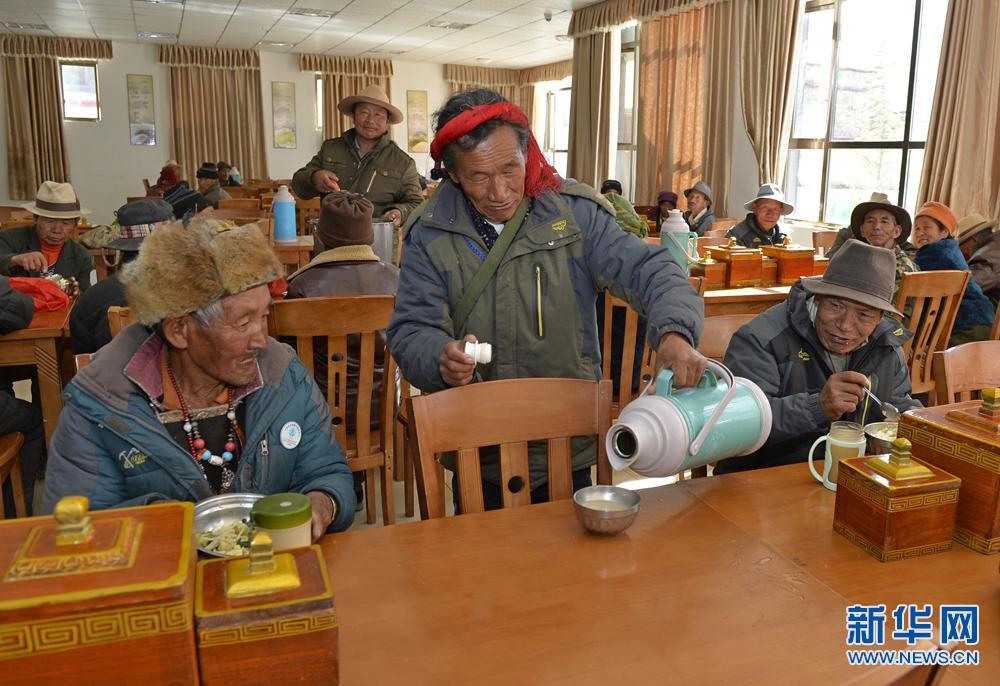 西藏山南打造孤儿与五保老人温馨家园