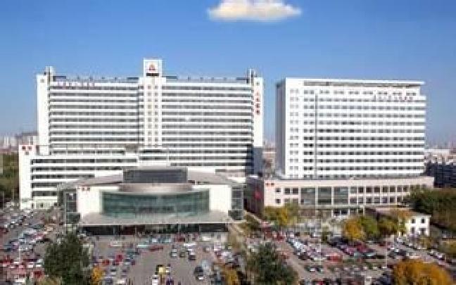 天津多家医院急诊雪后收治骨折外伤患者200多人