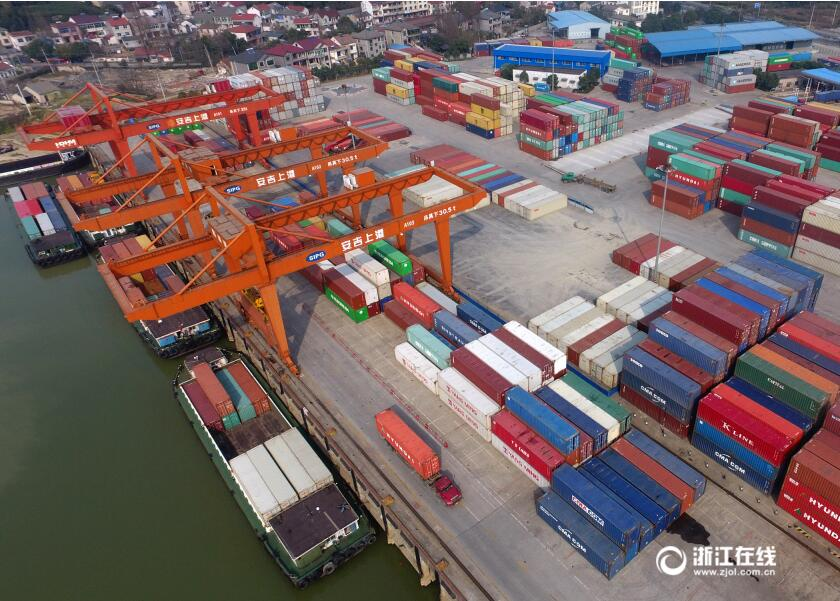 安吉上港码头吞吐量比往年同期增加20%