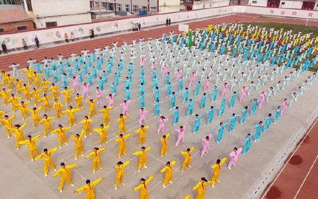[航拍]河南温县:小学生的太极武韵
