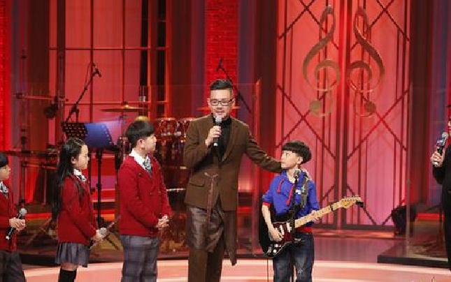 孙燕姿恩师献歌《大师课》 六一唱响童年金曲