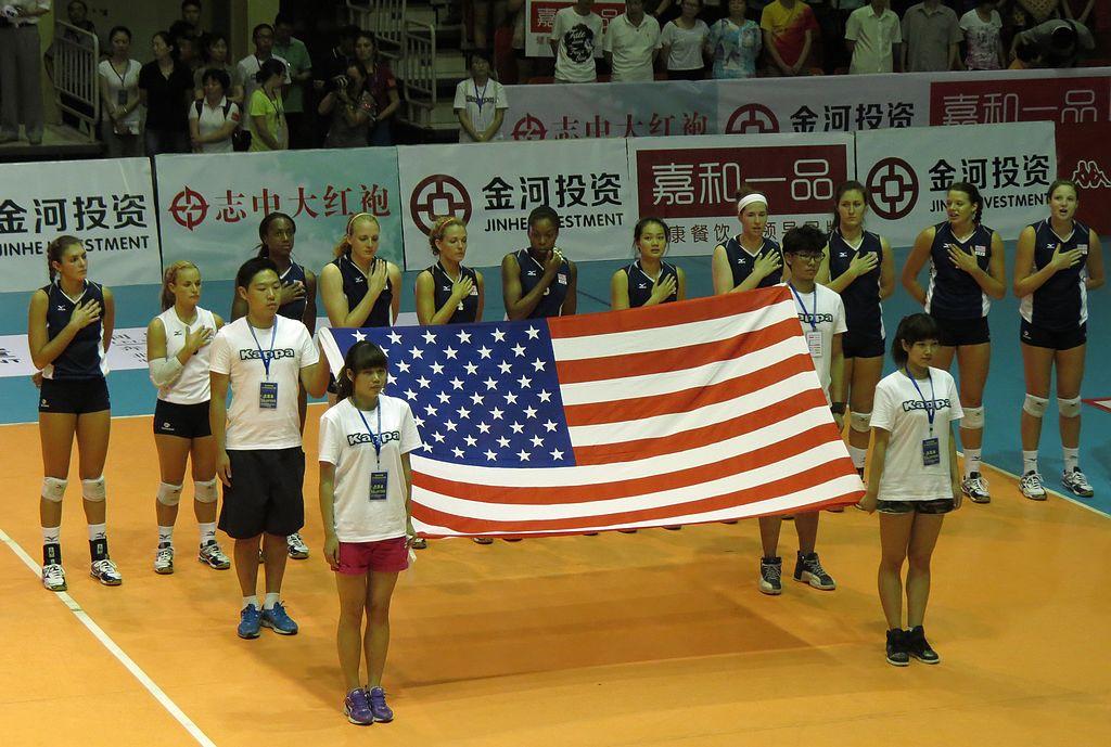 中美女排对抗赛随拍