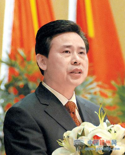 8日15 00,全国人大代表 江西省赣州市市长王平做客新华网,与网友畅谈城乡统筹发展与新型城镇化建设的有关问题,欢迎提问