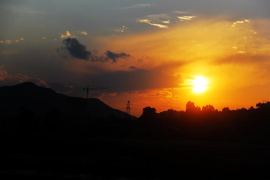微信头像夕阳背影励志