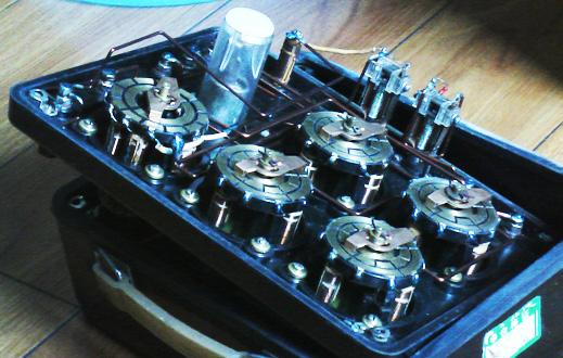 标题:指针式万用电表一,二,三之