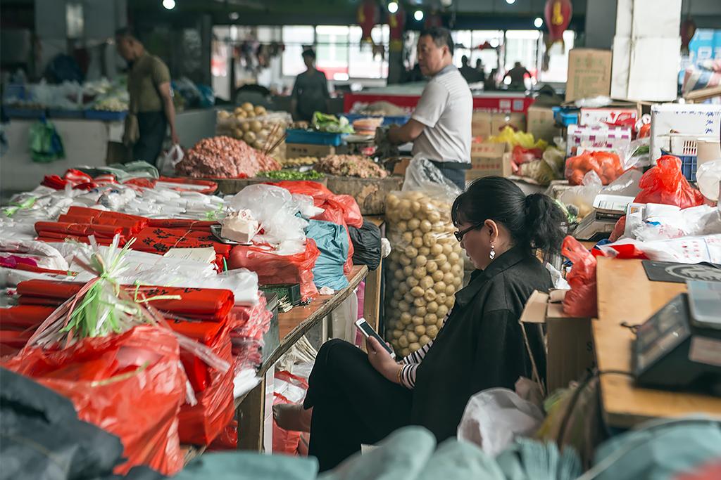 早晨的菜市场